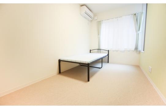 個室も広く、光がよく入る!