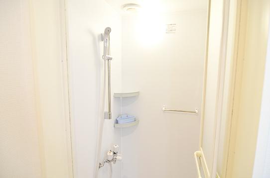 シャワールームもございます