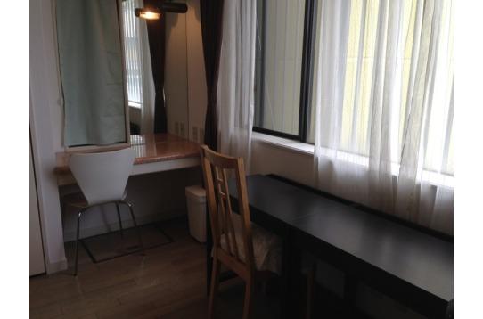 301号室 他のお部屋にない大きな鏡~!
