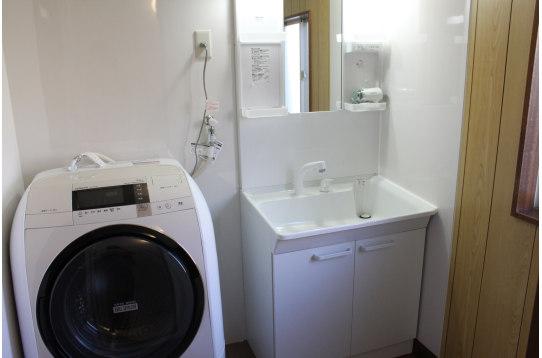 洗濯機 独立洗面台