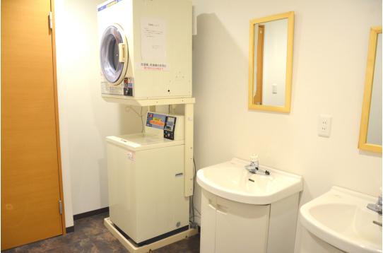 洗濯機、乾燥機あり!