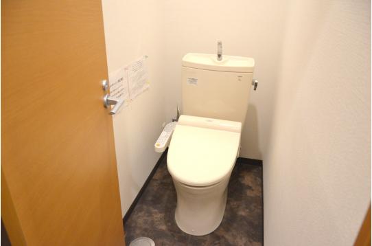 ウォシュレット付きトイレは3つご用意!