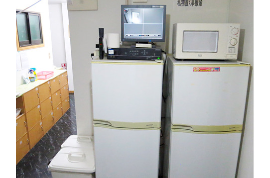 共有スペース:冷蔵庫、電子レンジ
