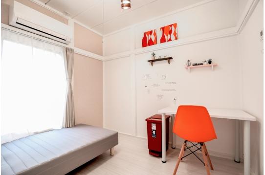 個室202