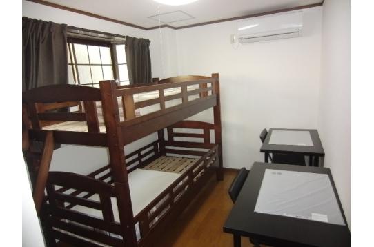 101号室 現在は個室仕様(シングルベッド)