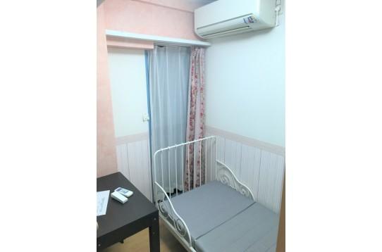 お部屋は一例です 家具、エアコン付