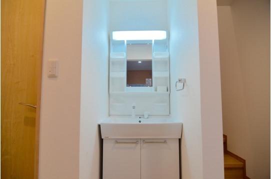 1階部分の洗面台