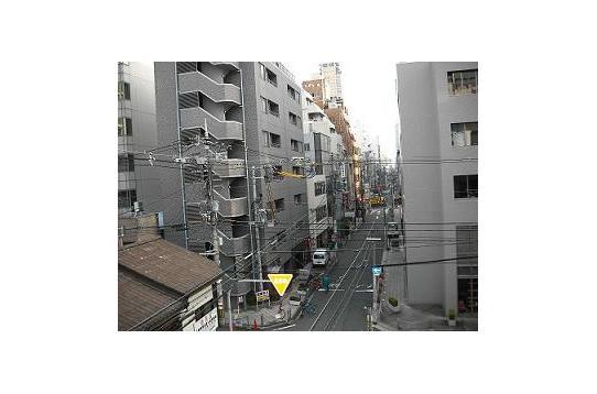 心斎橋ハウス4階からの風景!都会です♪