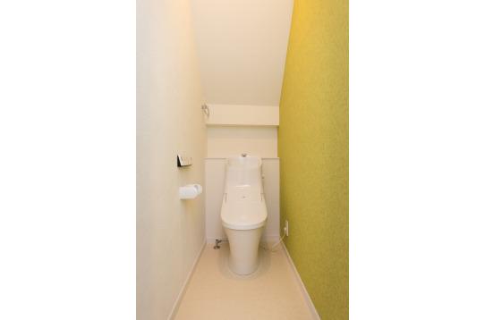 最新ウォシュレット付きトイレです☆