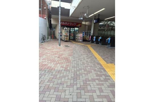 荏原町 駅前(正面口)