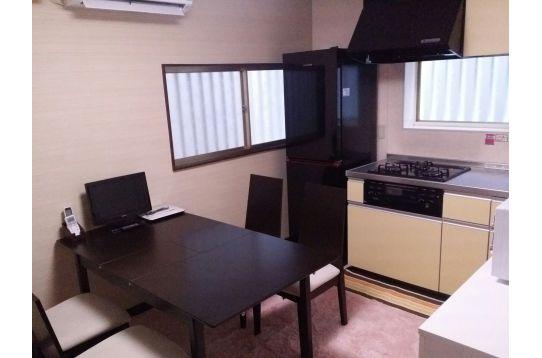 共用TV・PC、エアコン、調理器具、食器類、浄水器
