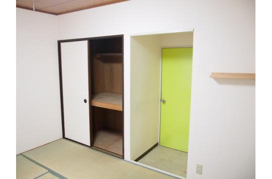 106号室(収納スペースも充実!)