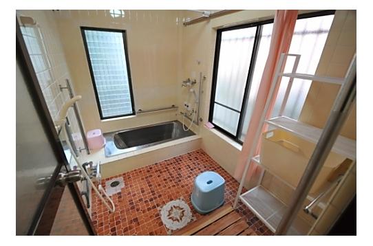 浴室にはシャワーが2つあります♪