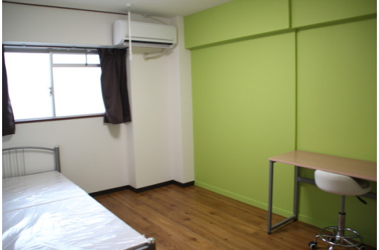 カラフルで綺麗な個室
