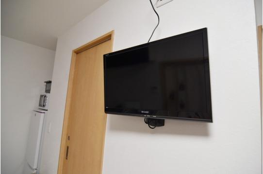 リビングには壁面テレビです!