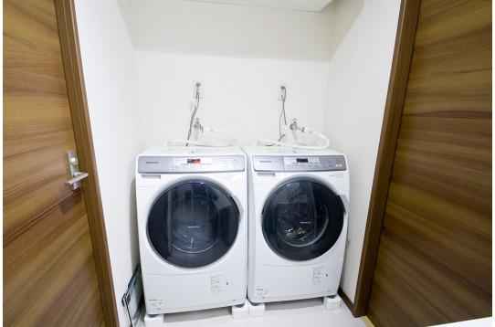 乾燥機能付き洗濯機です。