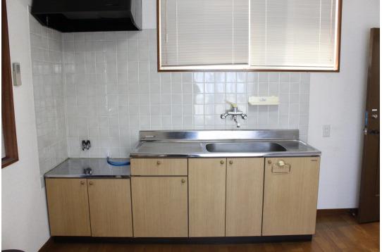 4号室はお部屋の中にキッチンがあります