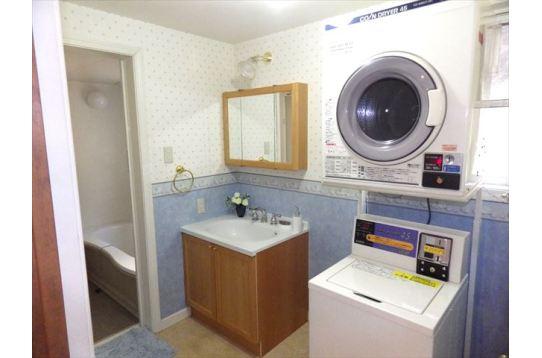 洗濯機&乾燥機完備。