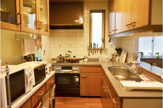 キッチン用品も豊富に揃えています。