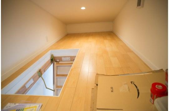 屋根裏の収納も利用可能
