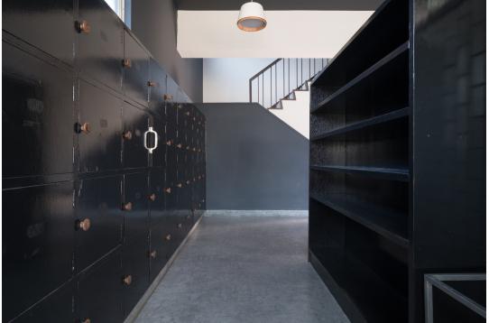 各室ごとに下駄箱もご用意しています。