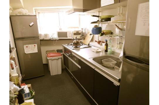 キッチンで必要な物はほとんど揃っています。
