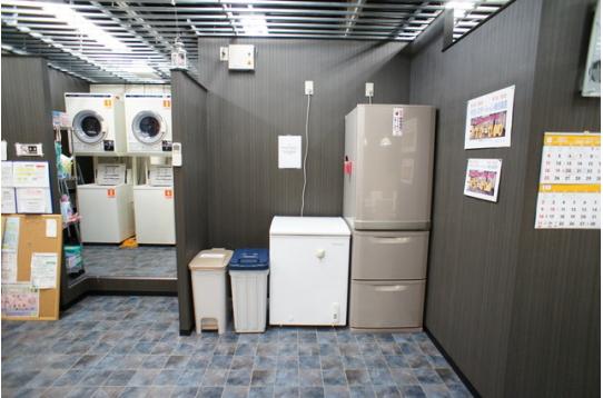 ランドリーやキッチン脇の冷凍庫や冷蔵庫