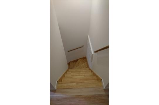 階段の様子/2階建です