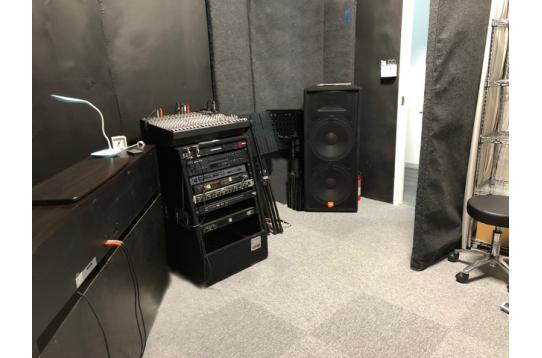 防音室でなんとレコーディングもできます。