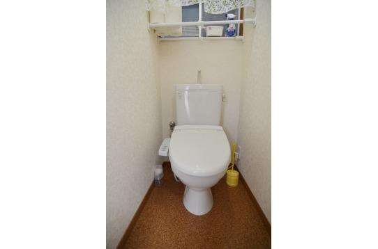 トイレも2か所用意されています。