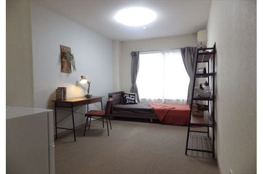 このような家具を置いてもスペースに余裕あり!