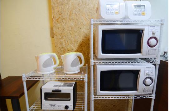電子レンジ、ケトル、炊飯ジャーは2台にトースター!