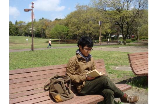 ●休日はのんびり散歩&読書