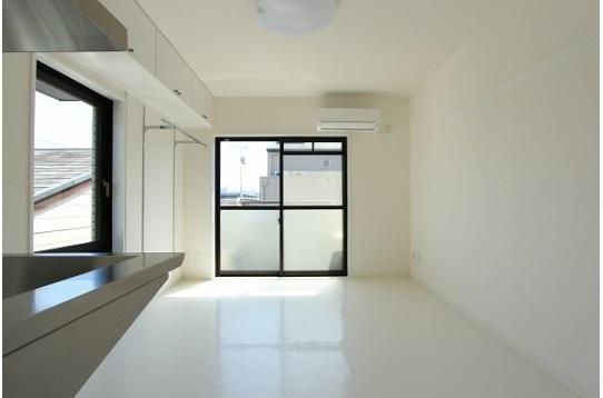 お部屋部分は全室南向きの日当たりの良い環境です。