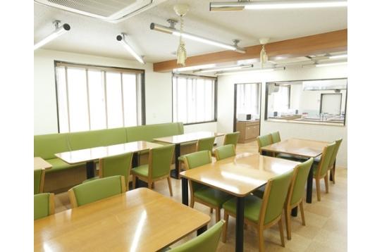 共用の食堂スペース