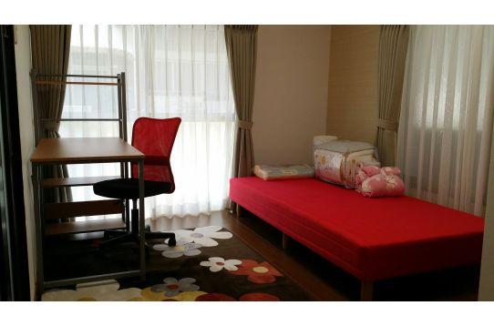 1;1階角部屋 クローゼット、収納、エアコン完備