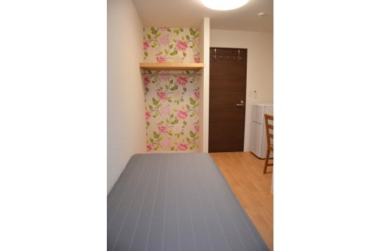 101号室 各部屋おしゃれな壁紙がアクセント♪