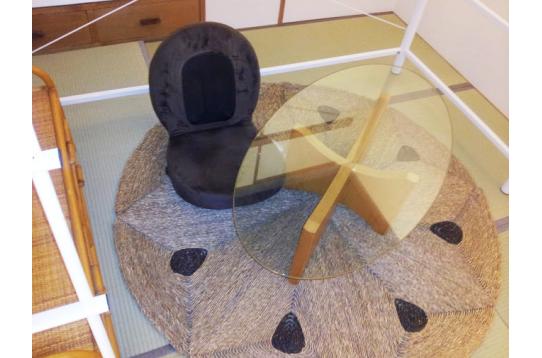 和室にもおしゃれな家具が揃ってます♪
