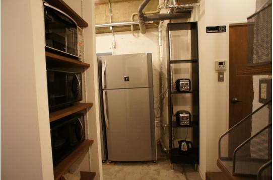 調理器具と超大型冷蔵庫2台