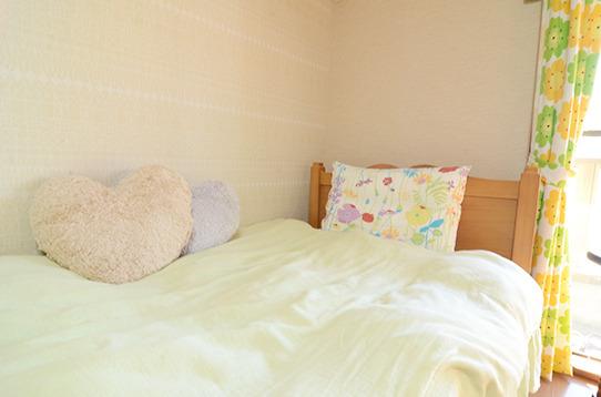 ベッドと寝具も完備