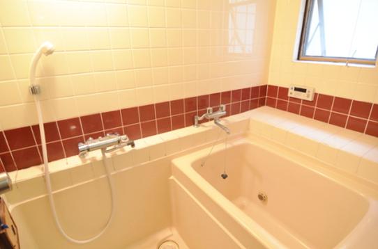2階に広い浴室もあります