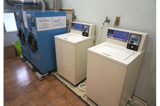 洗濯機・乾燥機は2台ずつ。