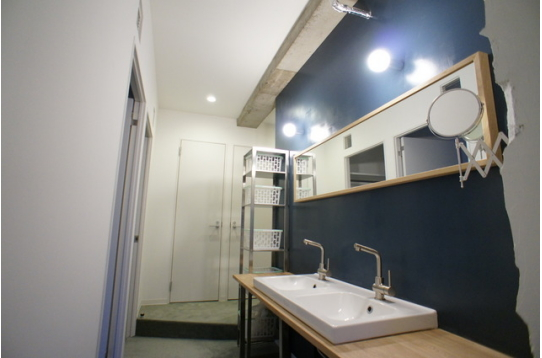 4階の洗面カウンター