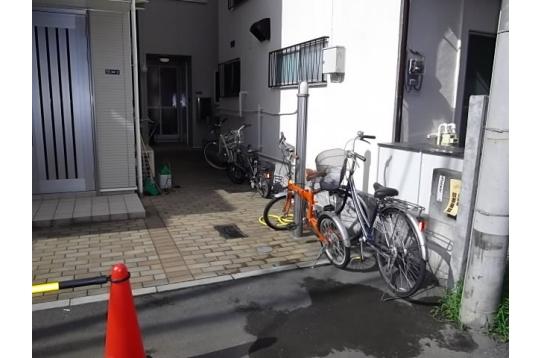 ☆駐輪場は100円とリーズナブル☆
