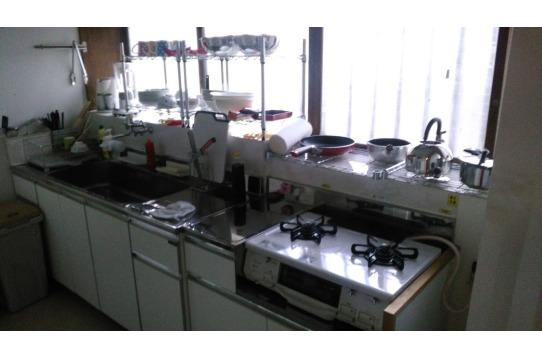 調理器具や食器が設置済み、自炊派 大歓迎!