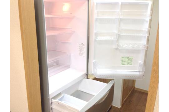 大容量の冷蔵庫が2台もあります♪