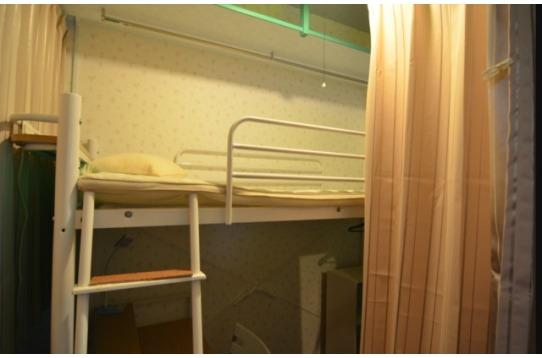 プライベートも守れる長いカーテンです