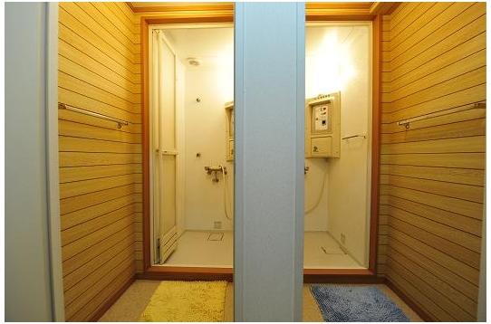 シャワールームも清潔☆
