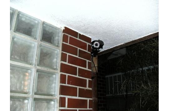 各所に防犯カメラ設置。