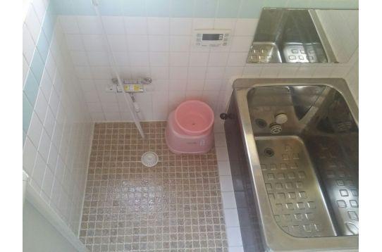 浴室;リモコン式 シャワー付き(無料)